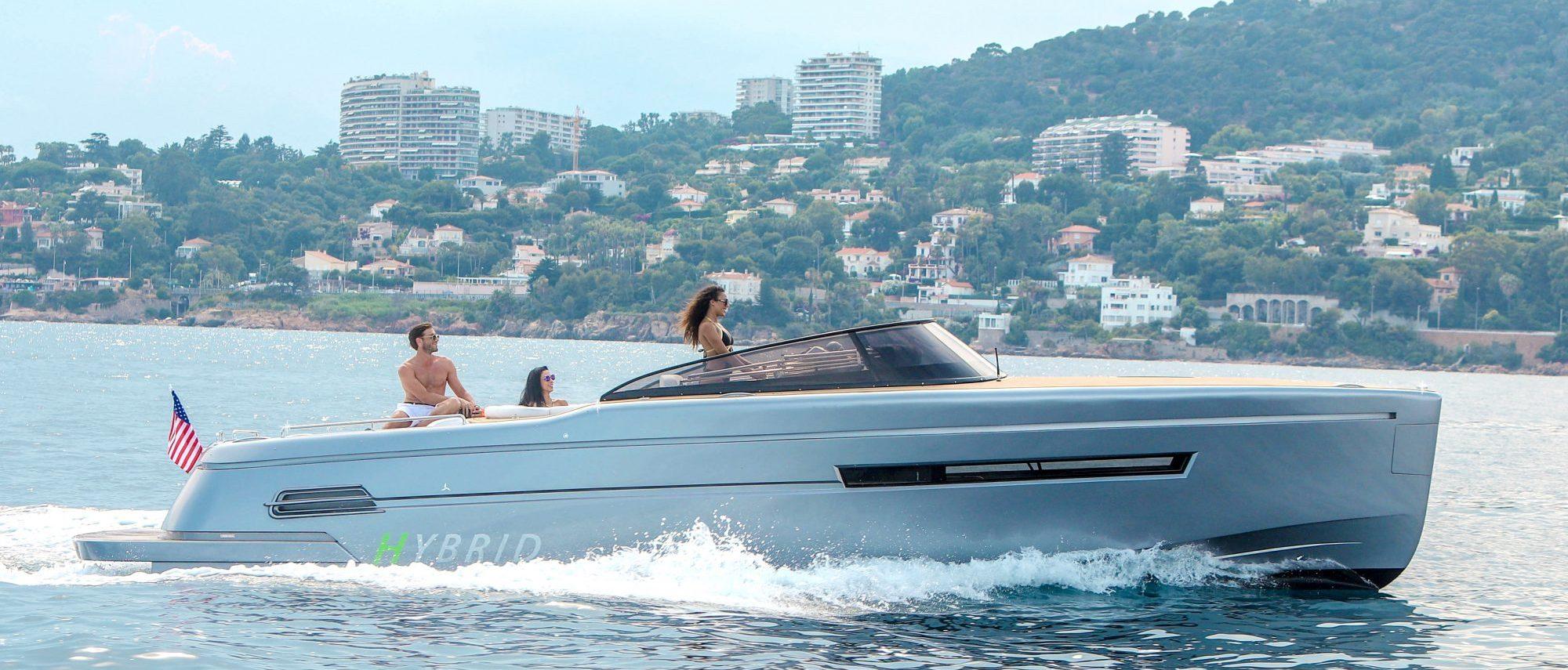 Canard Yachts eMotion36